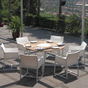 Baia Outdoor Dining Collection