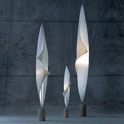 Wo-Tum-Bu Floor Lamp