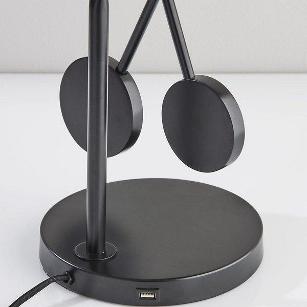 Bond Desk Lamp