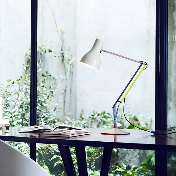 Type 75 Special Edition 1 Task Lamp