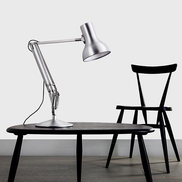 Type 75 Mini Desk Lamp