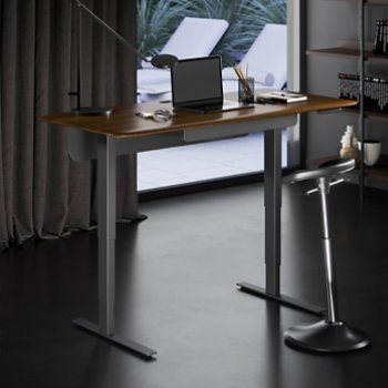 Sola Lift Desk, in use