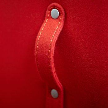 Shown in Focus Crimson color, Detail view