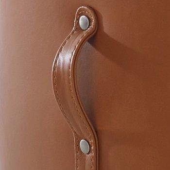 Mitt Lounge Chair, Detail view