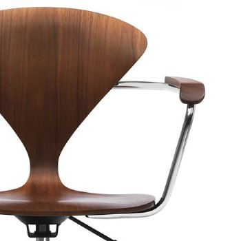 Cherner Task Armchair, Detail view