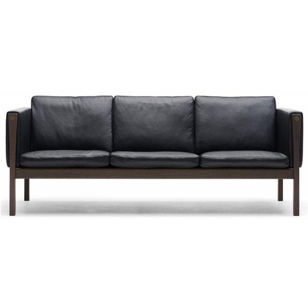 CH163 Sofa