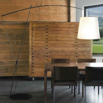 Robin Floor Lamp, in use
