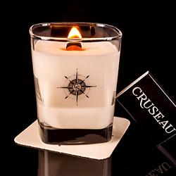 Mahogany and Amber Scented Candle