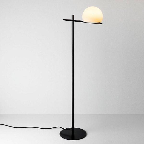 Circ LED Floor Lamp