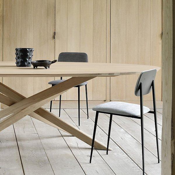 Oak Mikado Oval Dining Table