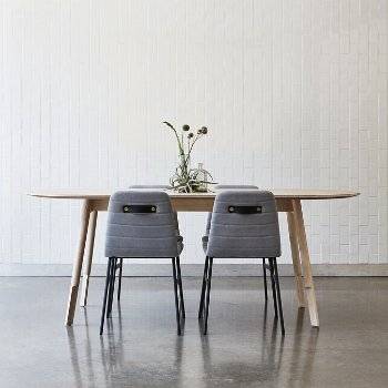 Bracket Oval Dining Table with Lecture Chair