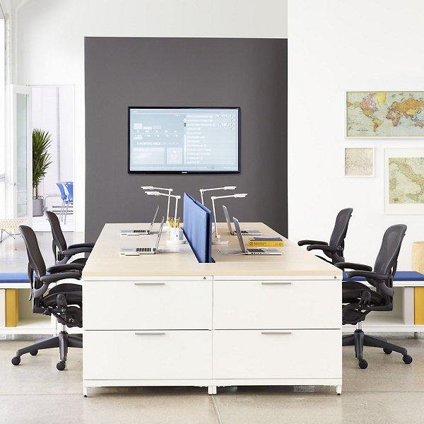 Aeron Office Chair - Size B, Graphite