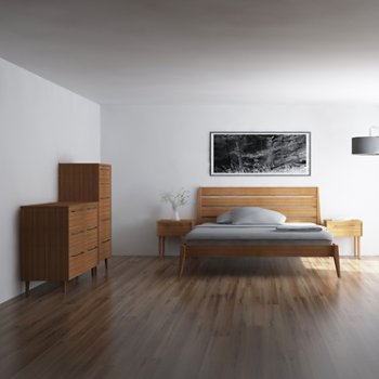 Lifestyle, shown with Sienna Platform Bed, Sienna Nightstands, 5 Drawer Chest (sold separately)