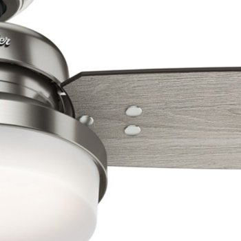 Shown in Brushed Nickel with Grey Oak blades finish, 60 inch, Detail view
