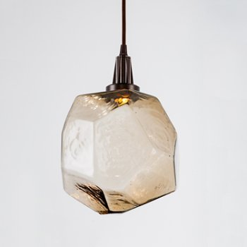 Shown in Metallic Beige Silver finish, Clear Glass shade