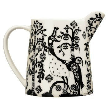 Taika Pitcher - Black