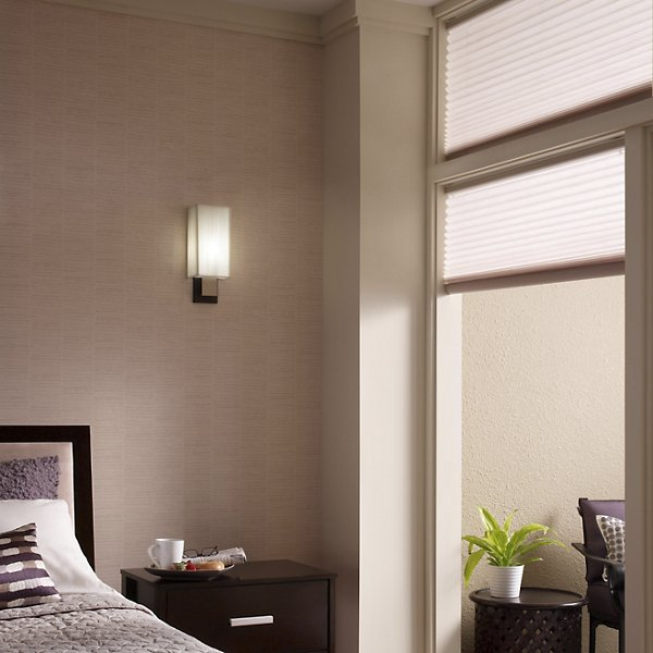 10438 LED Wall Sconce