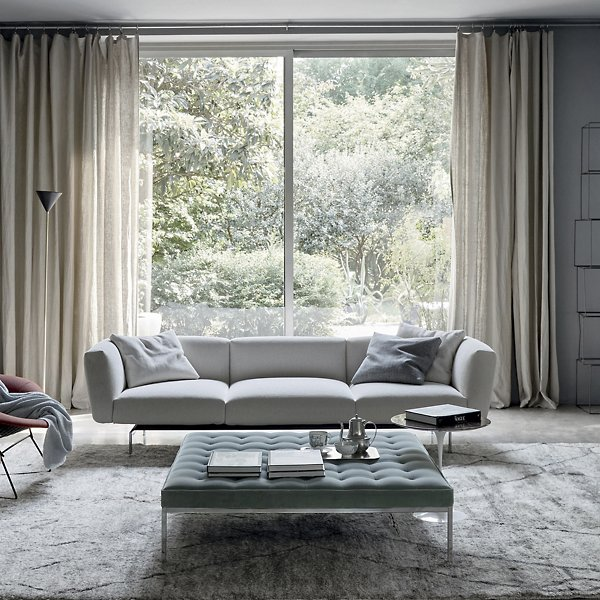 Florence Knoll Relaxed Square Bench