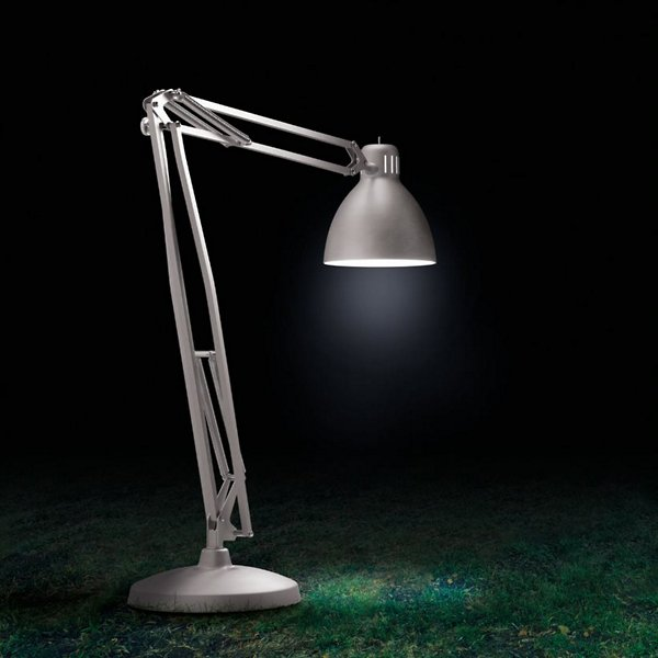 JJ Great Outdoor LED Table Lamp