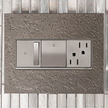 Shown in Magnesium finish (faceplate sold separately), in use