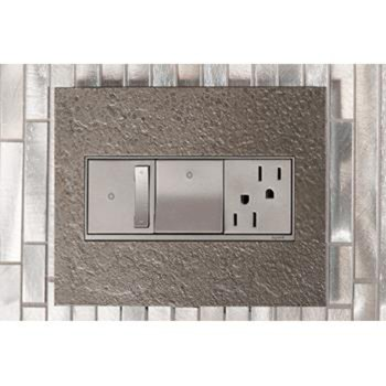 Shown in Magnesium finish (faceplate sold separately)