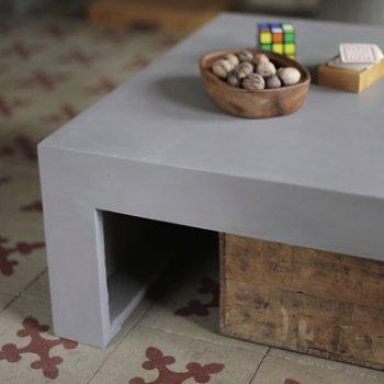 Dawn Coffee Table, Rectangular, In use
