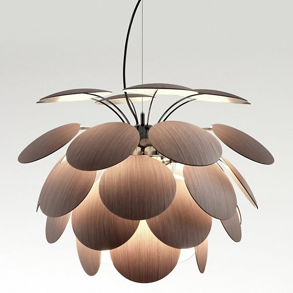 Discoco Wood Pendant Light By Mt At