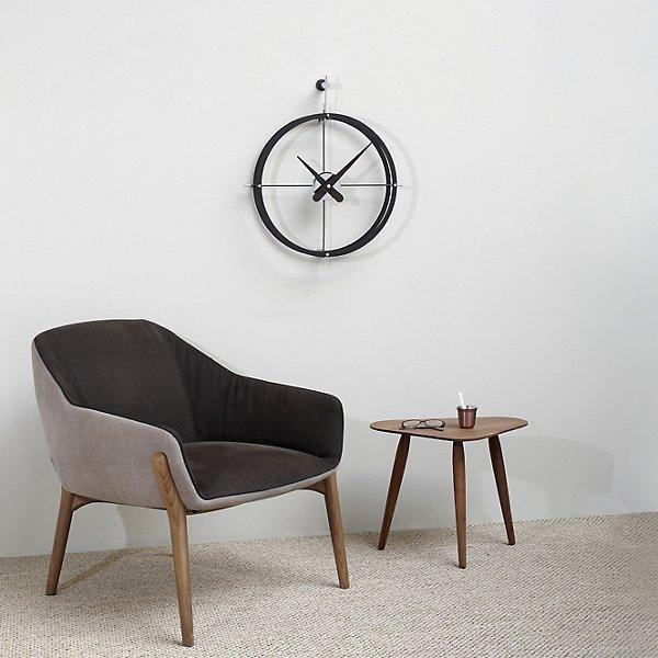 Dos Puntos Wall Clock