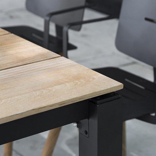 MACHAR Dining Table