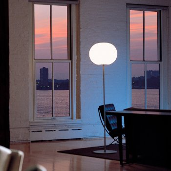 Glo-Ball F Floor Lamp, In use, Lit