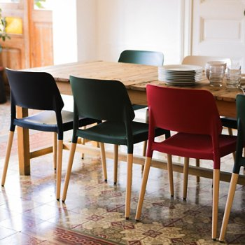 Belloch Stacking Chair, in use