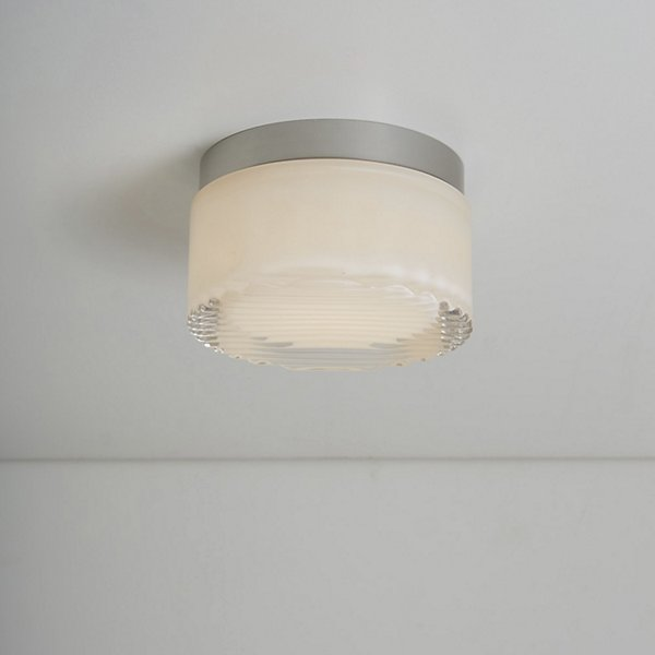 Crisp LED Indoor/Outdoor Wall/Ceiling Light