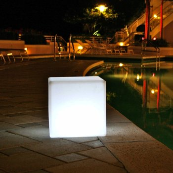 Cube Bluetooth Sharp L LED Indoor/Outdoor Lamp