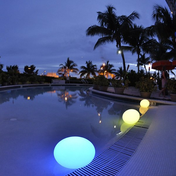 Flatball Floating Bluetooth LED Indoor/Outdoor Lamp