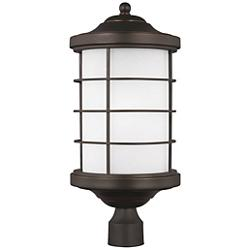 Sauganash Outdoor Post Light with Etched Seeded Glass