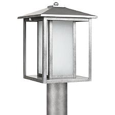 Hunnington Outdoor Post Light with Etched Seeded Glass