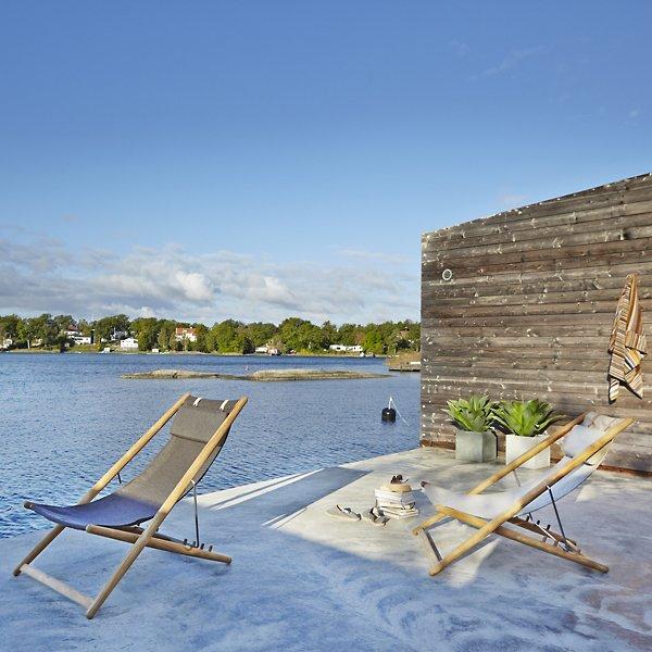 H55 Folding Lounge Chair