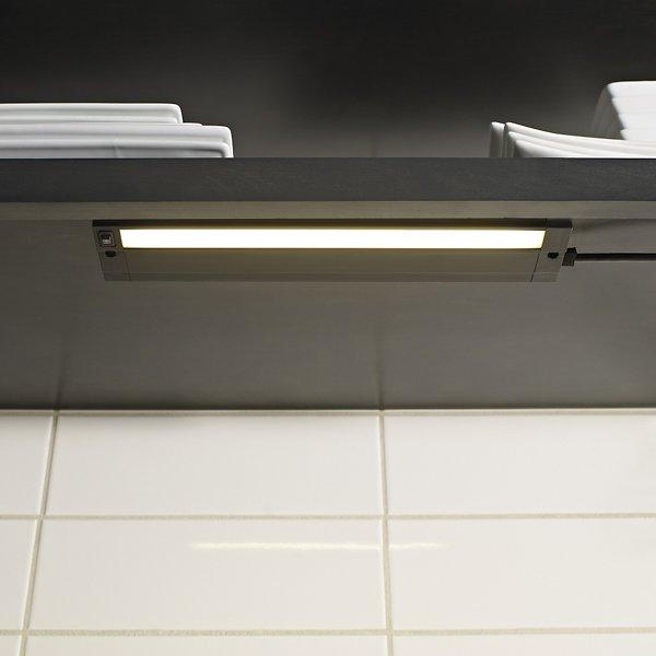 Unilume LED Slimline 7-Inch Undercabinet Light