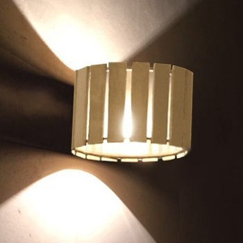 Luz Oculta Wood Wall Sconce