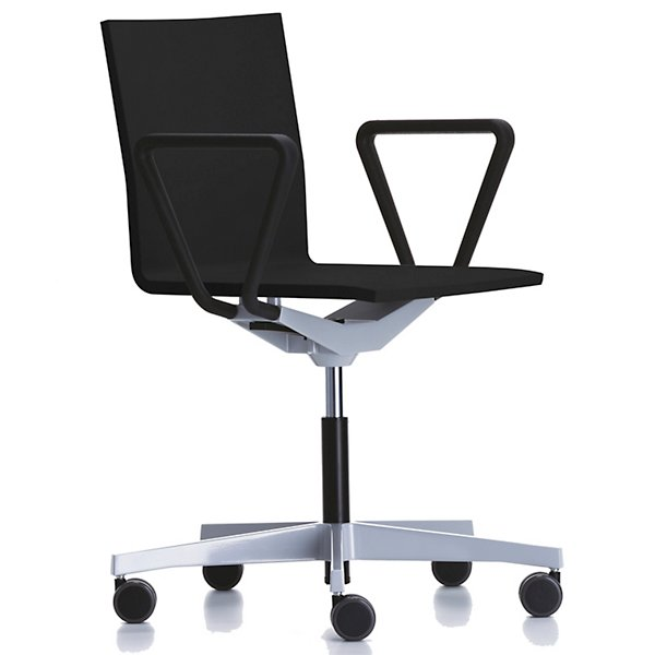 04 Task Chair by Vitra 440 420 22 01 07