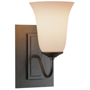 Traditional Single Light Wall Sconce - Steel