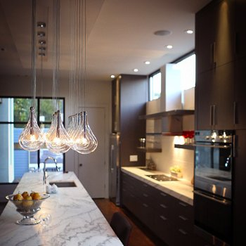 Larmes Multi-Light Pendant, in use