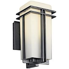 Tremillo Outdoor Wall Sconce