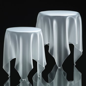 Shown in Ice White with smaller Illusion Table