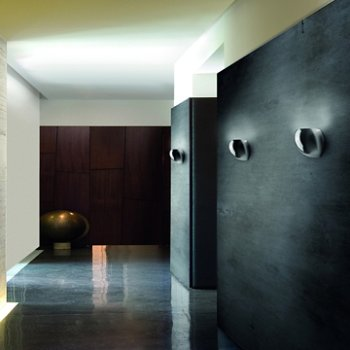 Golf P1/SP Wall Sconce, in use