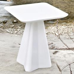 Compass-Q Outdoor Table