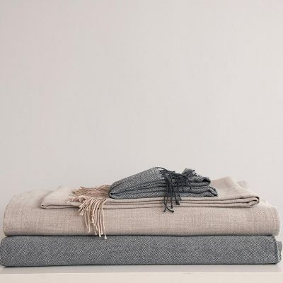 Bedroom Furnishings Throws & Pillows