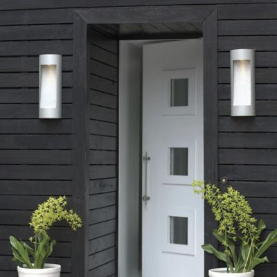 Outdoor & Landscape 5 Ways to Light Your Outdoor Space
